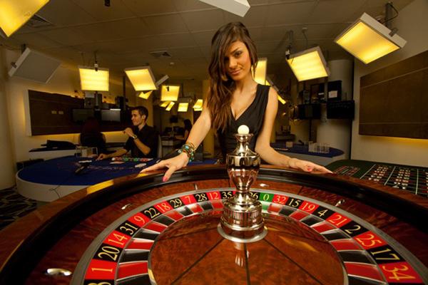 Play Win Casino Games