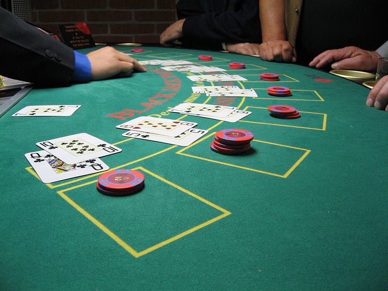 How to Gamble Responsibly at Online Casinos