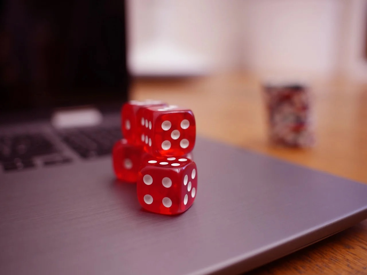 Enjoy Unlimited Games With Online Pkv Games