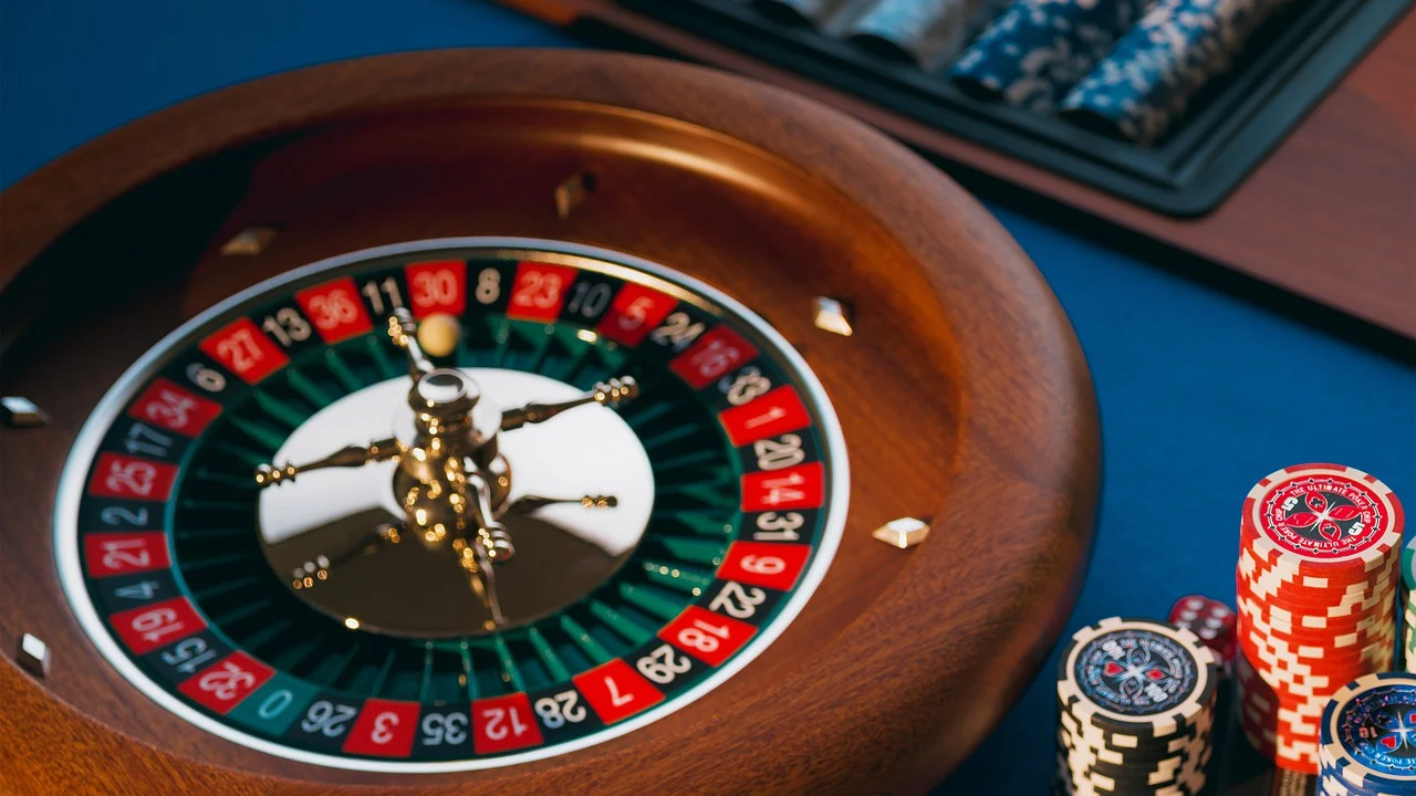 Get To Know About Some Of The High-End Features Of Online Casino