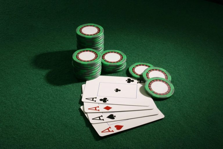 Things to Bear In Mind While Choosing an Online Gaming and Gambling Outlet