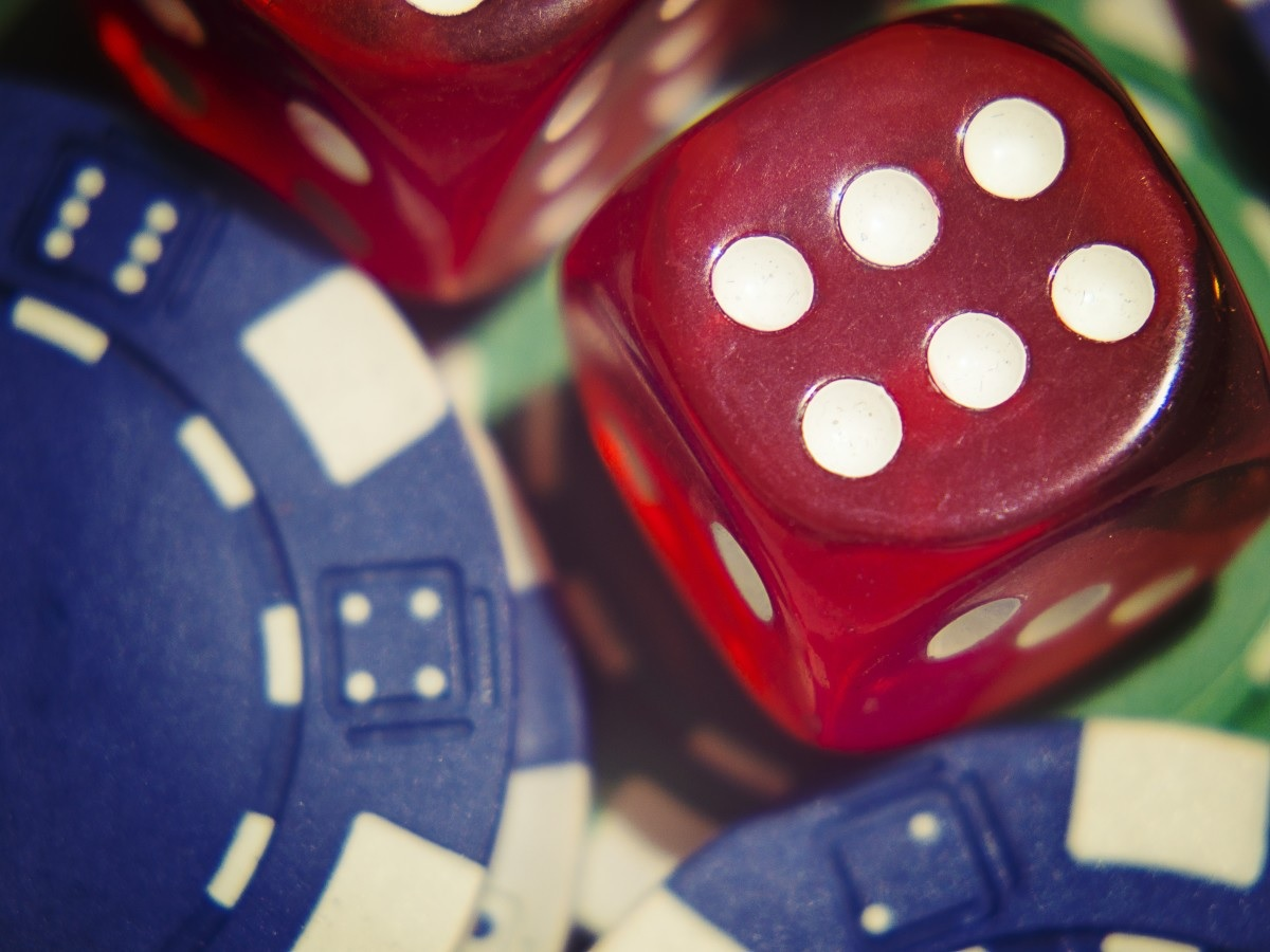 Online Gambling, hacks to augment your chances of winning