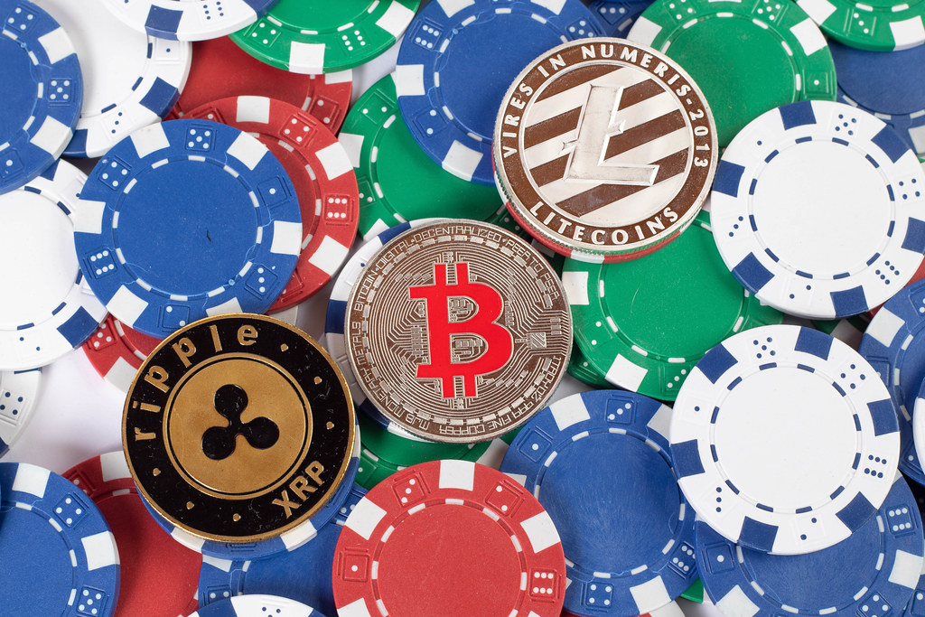 Bitcoin Casinos vs. Traditional Casinos; which is better?