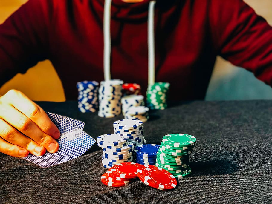 Why Compare Essential Traits of a Gambling Site before Investing in it