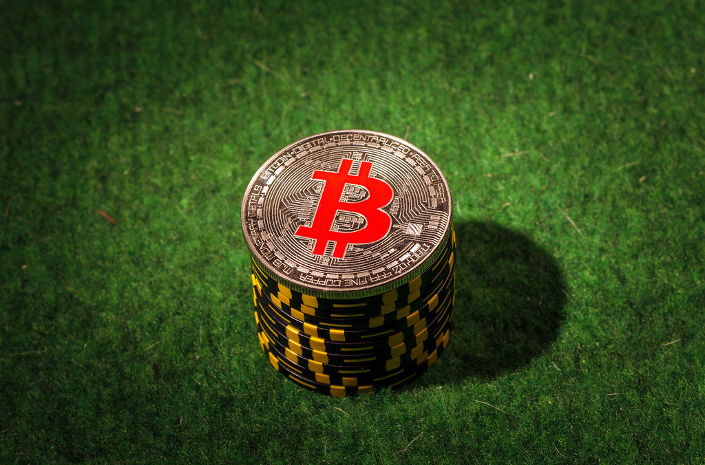Top Benefits of Using Bitcoin at Online Casino
