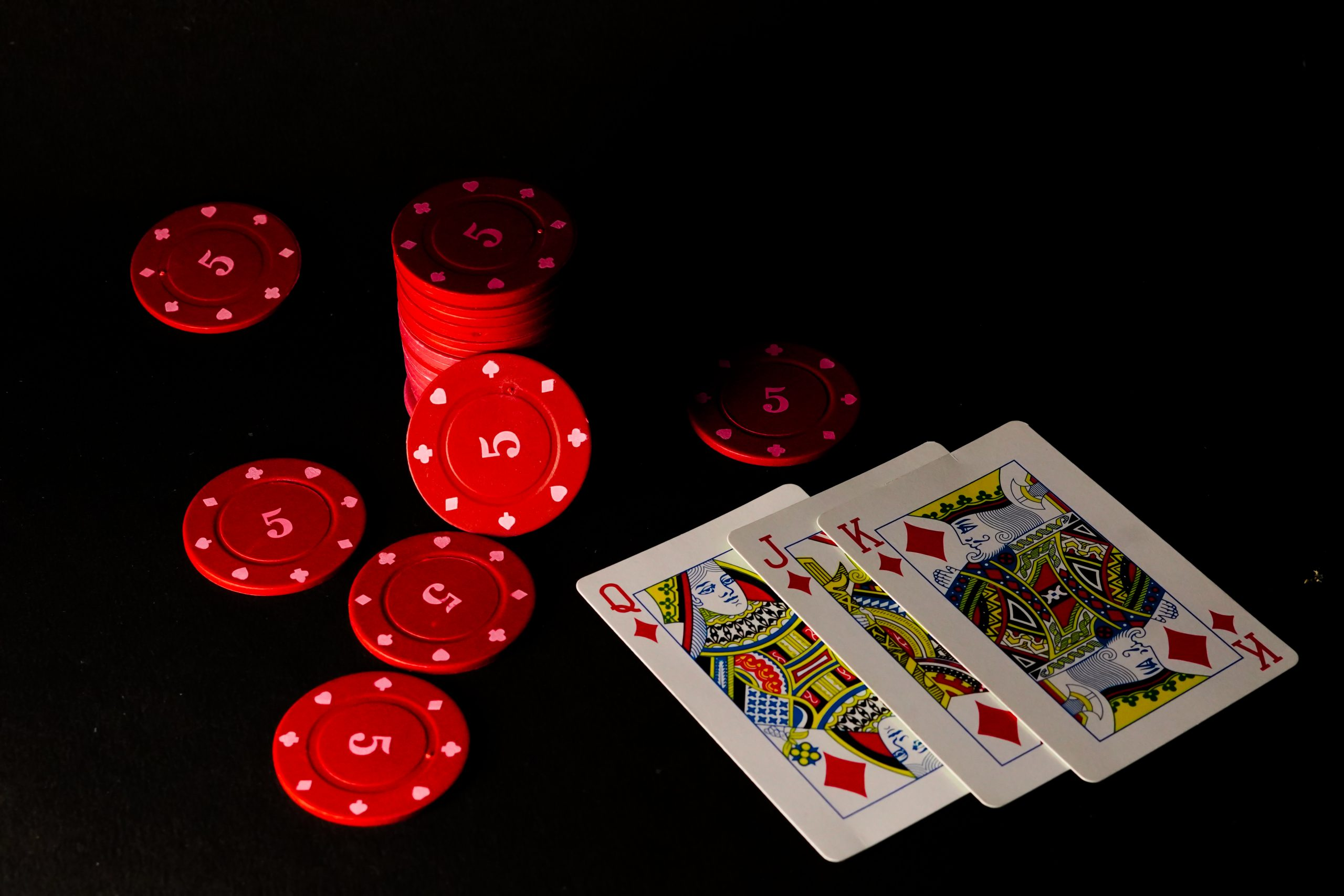 How Can Anyone Play Casino Games in Their Style?
