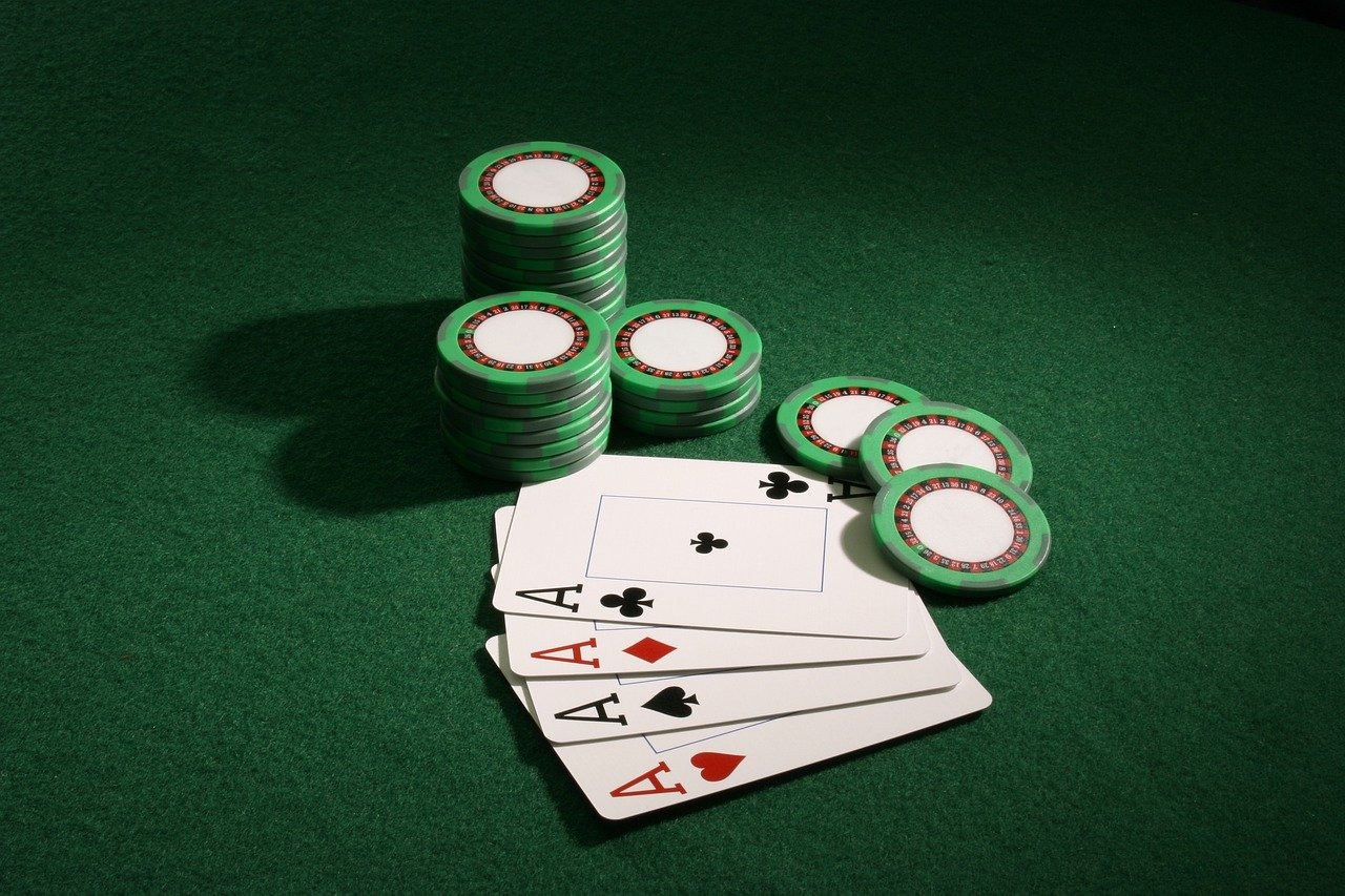 Some Popular Casino Games Which You Should Play In Your Gambling Journey!!