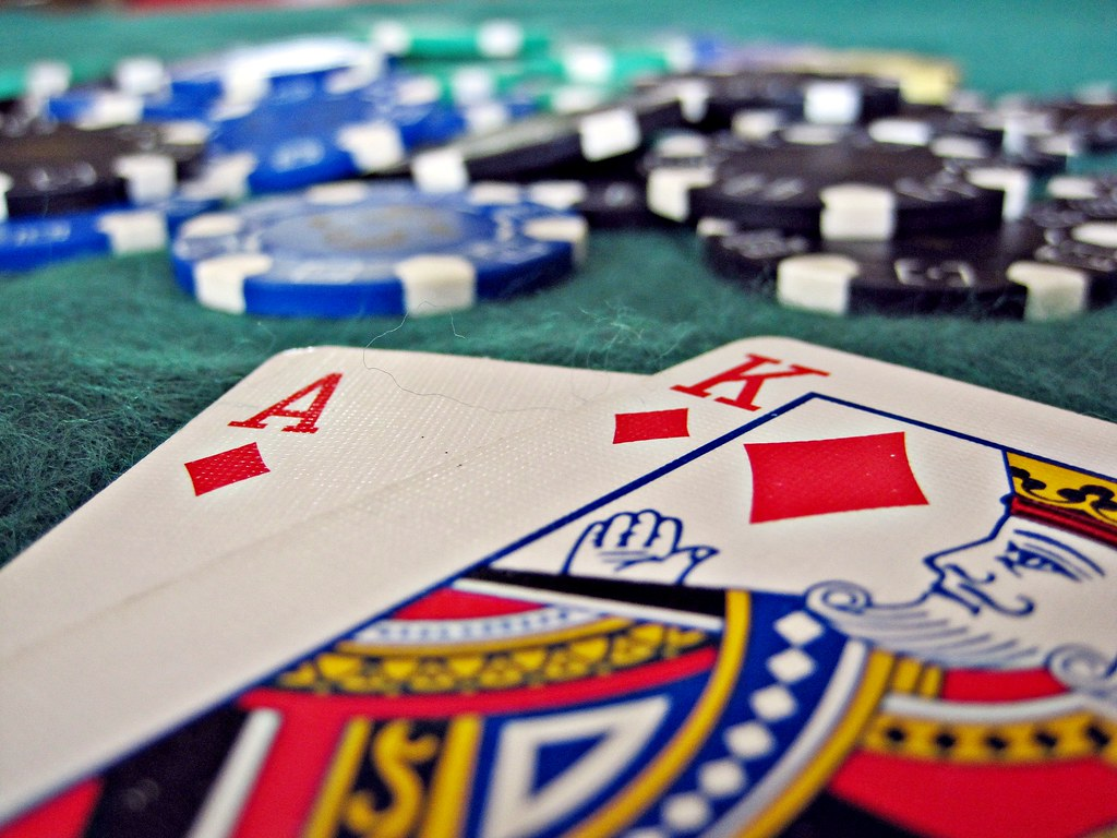 Blackjack: Strategies to Get the Upper Hand at Casino Tables