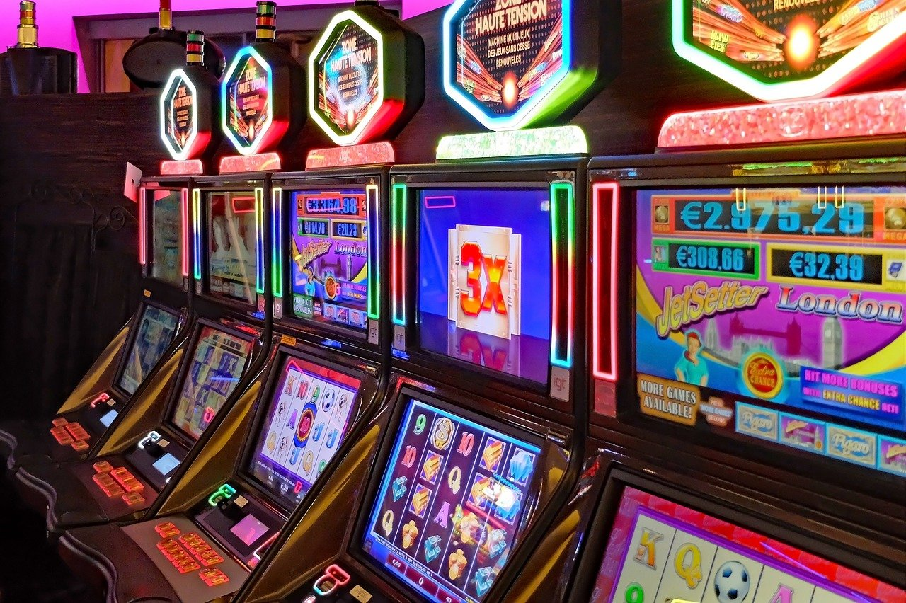 Benefits of playing slot games online